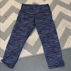 women's cropped leggings